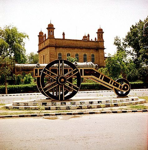 Zamzama Cannon, used by Ahmad Shah Abdali in the third battle of panipat (1761) to decisively defeat Marhattas on display on Mall Road Lahore.